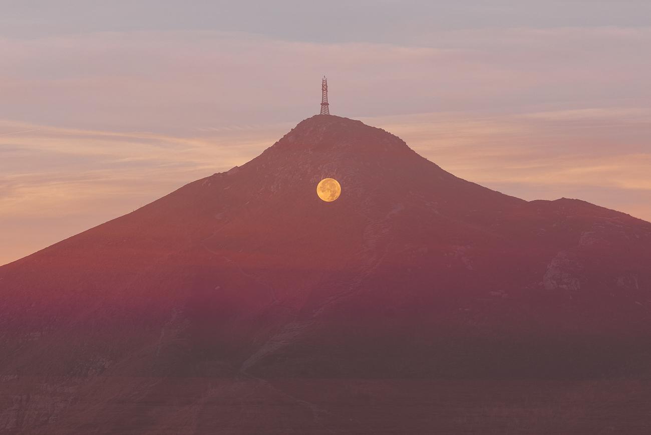 Coucher de lune en surimpression / Etienne Francey